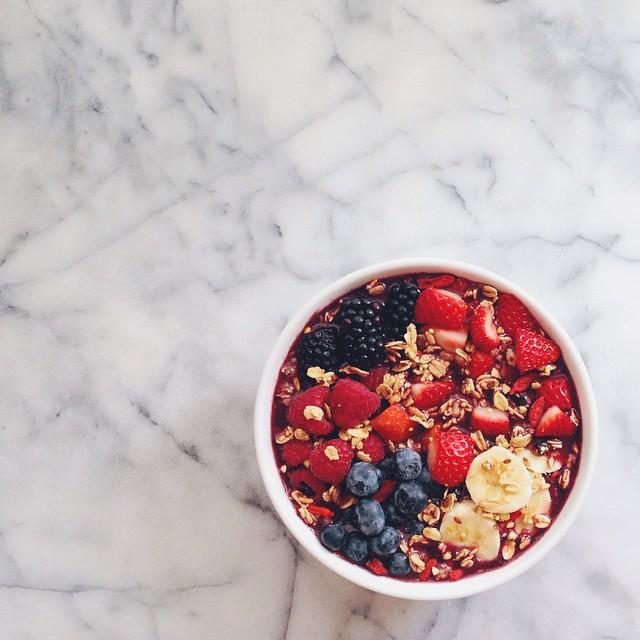 santa monica farmer's market berries - acai bowl