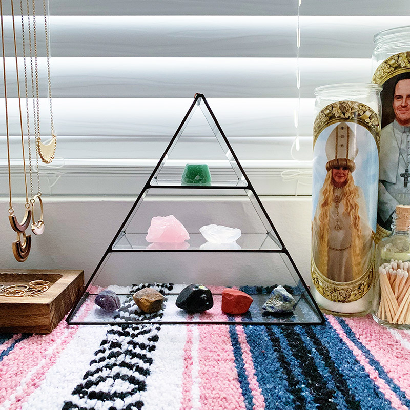 crystal glass triangle shelf