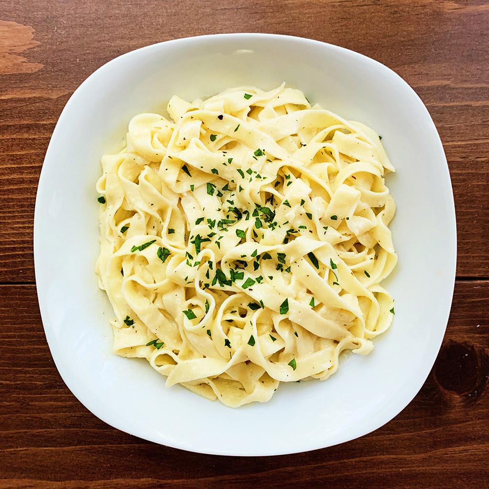 homemade fettuccine alfredo pasta