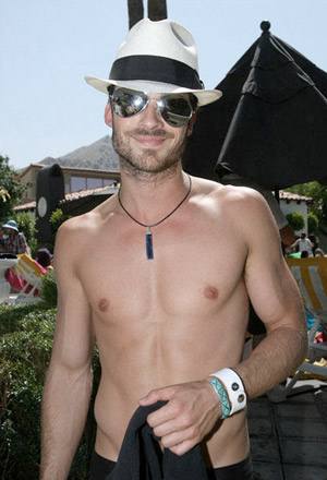 shirtless ian somerhalder