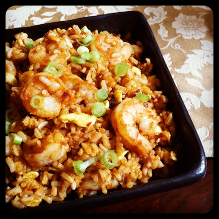 skinny spicy shrimp fried brown rice
