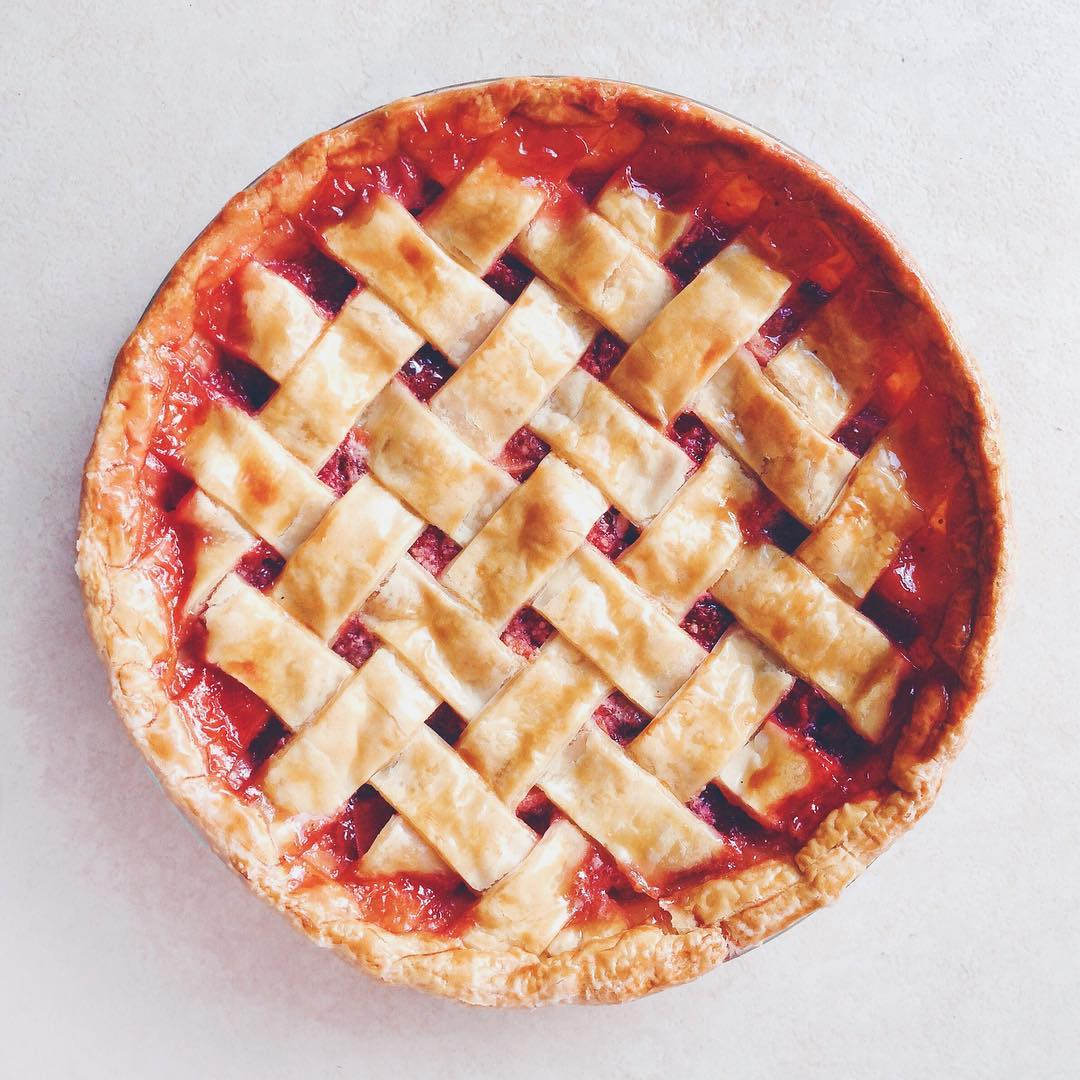 strawberry rhubarb pie - smitten kitchen