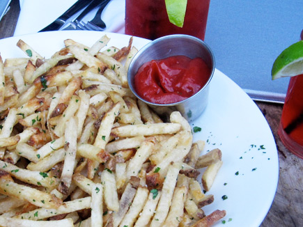 the pearl hotel - pommes frites